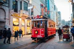 Spårvagnen av Taksim, Istanbul Arkivfoto