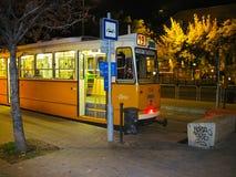Spårvagnstag på sista stopp på natten royaltyfria foton