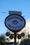 Spårvagnstopp i Wien, Österrike Arkivbilder