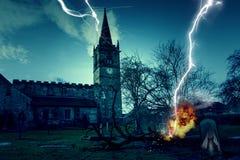 Spökad kyrklig kyrkogård Fotografering för Bildbyråer