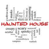 Spökat begrepp för husordmoln i rött & svart Royaltyfri Fotografi