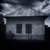 spökat hus Arkivfoton