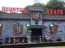 Spökat hus på en mässa Arkivfoton