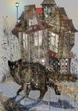 Spöklik gullig katt som ser runt om förskräckt, främst av ett gammalt hus Arkivfoto