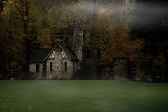 spöklik herrgård Arkivfoton