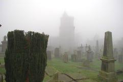 spöklik kyrkogård Royaltyfri Fotografi