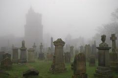 spöklik kyrkogård Royaltyfria Bilder