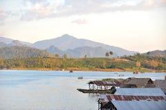 Spławowa wioska Tajlandia Zdjęcia Stock
