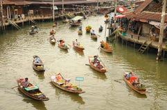Spławowy rynek, Amphawa, Tajlandia Obrazy Royalty Free