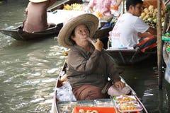 Spławowy rynek, Damnoen Saduak, Tajlandia fotografia royalty free