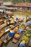 Spławowy rynek, Tajlandia Zdjęcia Royalty Free