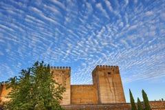 SP de Andalucía del paisaje urbano de Alhambra Castle Walls Morning Sky Granada Fotos de archivo libres de regalías