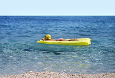 Spaß in dem Meer stockbilder