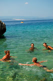Spaß im adriatischen Wasser haben Stockbilder