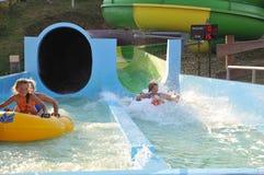 Spaß im Aquapark Lizenzfreie Stockbilder