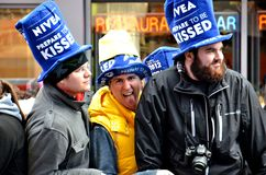Spaß im Times Square haben stockfotografie