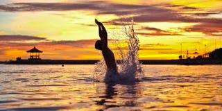 Spaß am Sonnenuntergang Stockfotografie