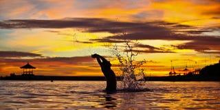 Spaß am Sonnenuntergang Stockfotos