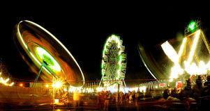 Spaßfahrten an einem indischen Freizeitpark Lizenzfreie Stockfotos