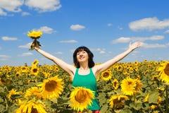Spaßfrau auf dem Gebiet Lizenzfreie Stockfotos
