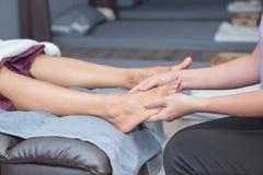 SPA και ταϊλανδικό μασάζ ποδιών Στοκ εικόνες με δικαίωμα ελεύθερης χρήσης