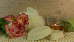 SPA και wellness με το άλας λουτρών, κεριά Στοκ Εικόνες