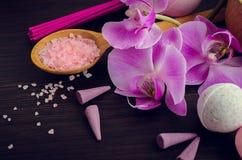 SPA και wellness που θέτουν με το φυσικό σαπούνι Στοκ εικόνες με δικαίωμα ελεύθερης χρήσης