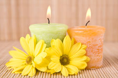 SPA κινητήρια με τα λουλούδια και το κερί Στοκ Εικόνες