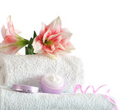 Spa with pink flowers Royalty Free Stock Photos