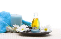 Free Spa Stones And Candles Royalty Free Stock Image - 3045726