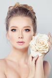Spa Woman with Blonde Hair and White Rose Flowe stock images