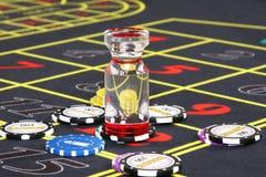 Spaanders op de lijst in een casino Royalty-vrije Stock Foto's