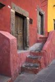 Spaanse architectuur in Mexico royalty-vrije stock afbeeldingen
