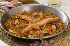 Spaanse cuisineSeafoodspaghetti. Fideua. Royalty-vrije Stock Foto's