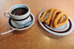 Spaanse doughnut Churros Stock Foto's