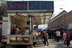 Spaanse doughnutaanhangwagen (churreria), Spanje Stock Afbeelding