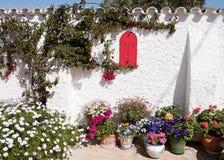 Spaanse Mediterrane Tuin Stock Afbeeldingen