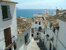 Spaanse oude stadsstraat Royalty-vrije Stock Foto's