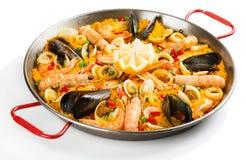 Spaanse paella met zeevruchten Royalty-vrije Stock Afbeeldingen