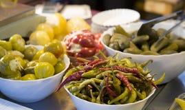 Spaanse peper en Groenten in het zuur Stock Foto's