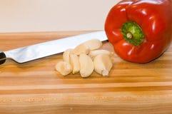 Spaanse peper en knoflookkruidnagels Stock Foto's
