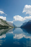 Spacco del diavolo nel lago Minnewanka, Banff, Canada immagini stock libere da diritti