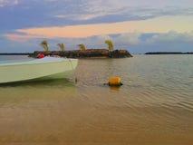 5 am spacerów wzdłuż plaży zdjęcie royalty free