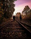 Spacer na kolei zdjęcie royalty free