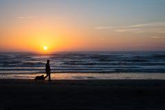 spacer na plaży zdjęcie stock
