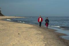 Spacer na plaży Zdjęcia Royalty Free