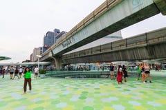 Spaceru sposobu nowy projekt przed MBK centrum zakupy centrum handlowym w Bangkok Obraz Royalty Free