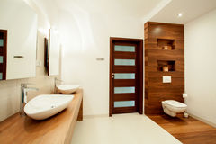 Spacious bathroom in new house Royalty Free Stock Photos