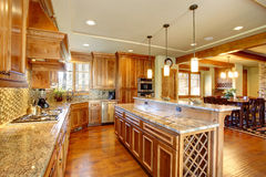 Spacious kitchen room with island Stock Photography
