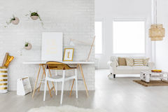 Free Spacious Living Room Interior Royalty Free Stock Photography - 83550887